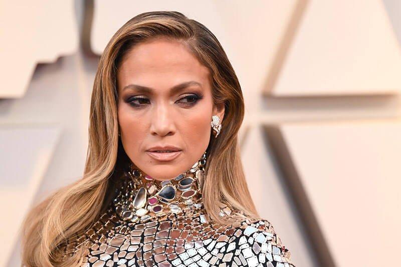 Jennifer Lopez - a celebrity with permanent eyebrows