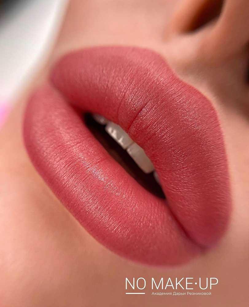 Semi Permanent Makeup - Lip Blush