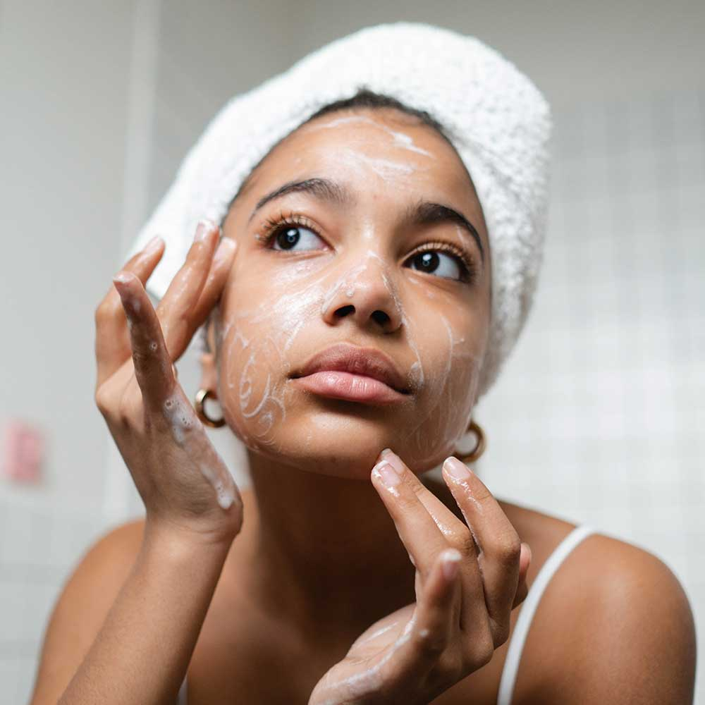 How Long After the Powder Brows Treatment Can I Wash My Face?