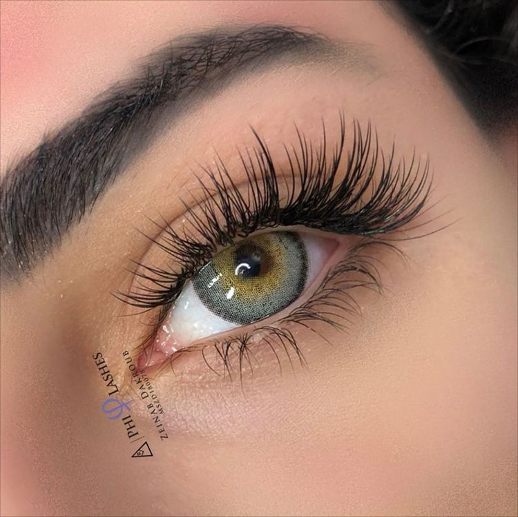 Classic Eyelash Extensions: All You Need to Know by PMUHub