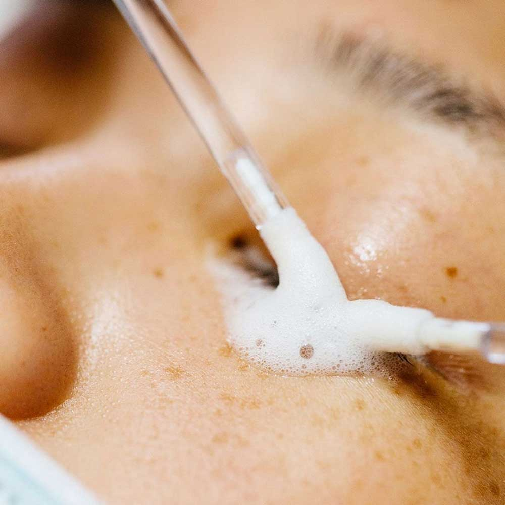 Cleaning Eyelash Extensions - Step by Step