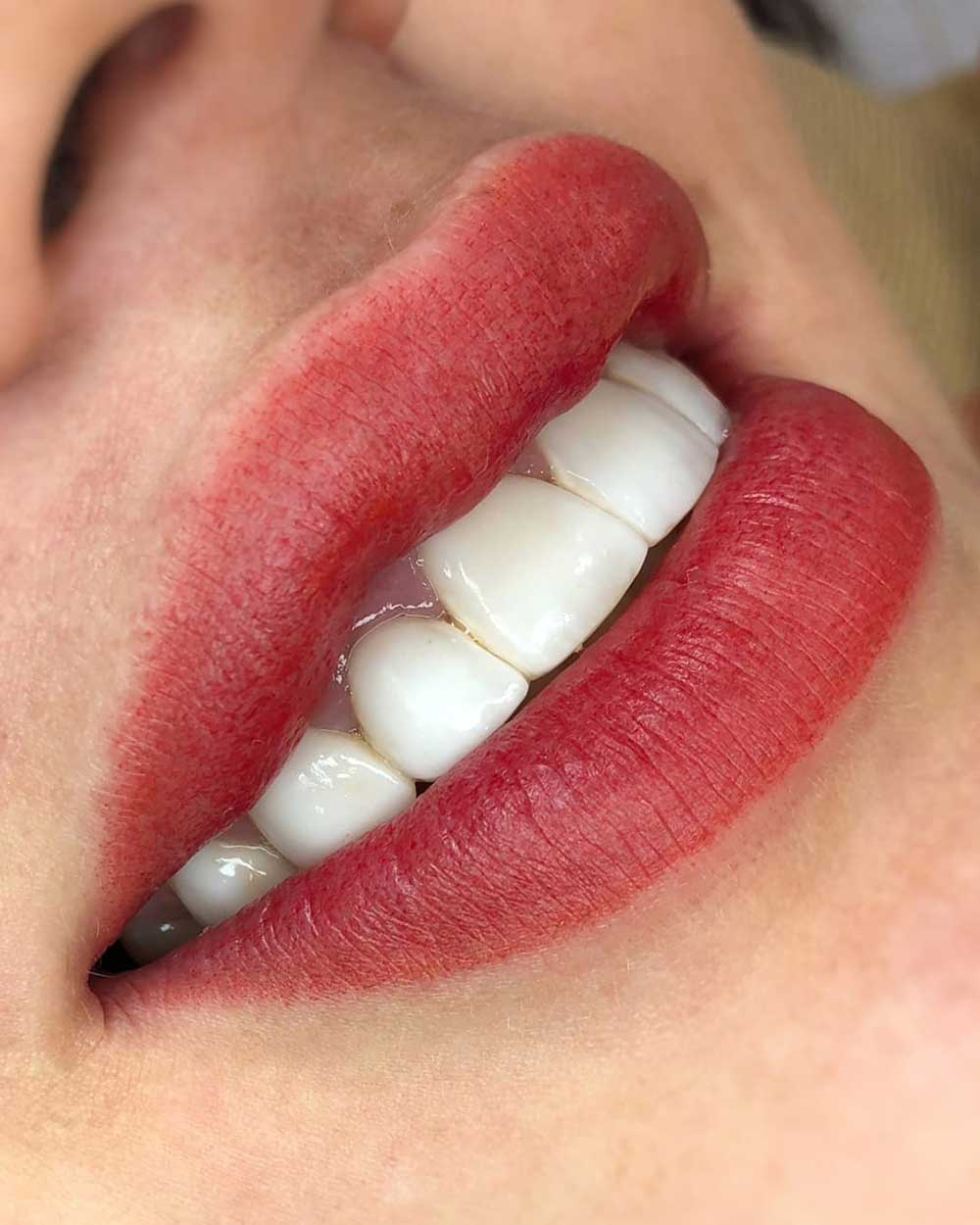 What Color Can Aquarelle Lips Be?