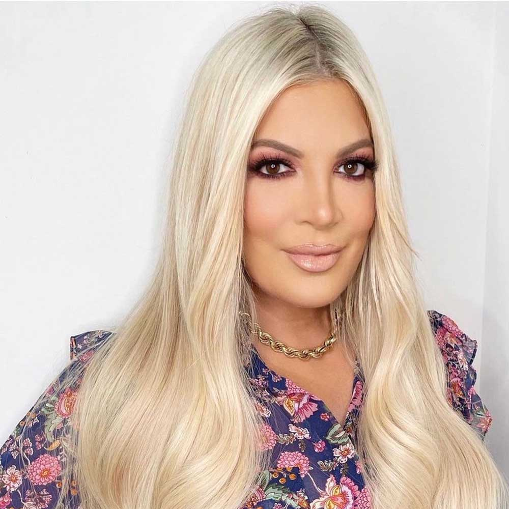Tori Spelling permanent makeup